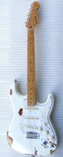 1966 Relic Custom Shop Stratocaster (Vintage white over sunburst)